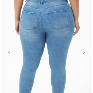 Forever 21 High Rise Sculpted Skinny Jeans